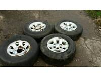 Mitsubishi L200 wheels and tyres