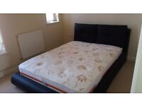 Impecable Italian real leather double bed
