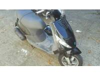 piaggo zip 100 4t runner and mot