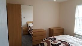 Large double room for rent in modern house