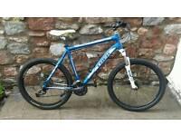 TREK 4300 - front suspension mountain bike. Hydraulic brakes.