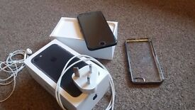 Iphone 7 32GB on EE black matte with apple warranty