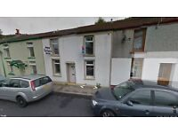 2 Bed House to Rent in Blaenllechau, Ferndale