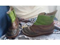 El Natura lista boots size 42
