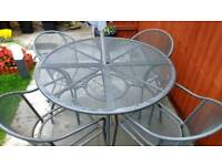 Garden patio round table and 4 chairs with parasol set