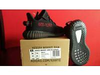 Adidas Yeezy Boost 350 V2 Infant Core Black/Red UK 7.5k