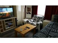 Stunning XL size double bed room near Cowley Police station, available immediately, single only.