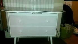 2 small chest of drawers £20 each just for today.
