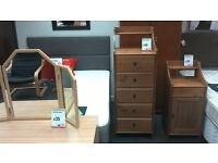 Chest of 5 drawers in pine - British Heart Foundation