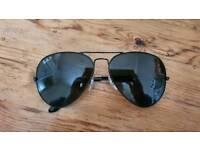 Ray-Ban Polarised Aviator Sunglasses RB3025