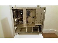 Lian-Li PC-V1000Z with Motherboard & 4GB RAM Gaming Aluminium Tower