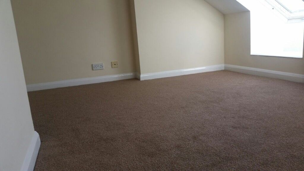 Double Room to Rent in Clean shared House