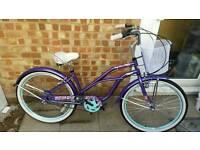 Ladies city beach crusier bike brand new ex demo. Beautiful bike