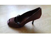 Size 8 brown polka dot peep toe shoe