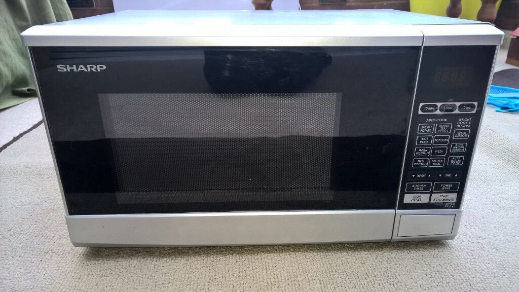 Sharp R270 800w Microwave 20l Capacity With Manual Barely Used