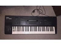 Yamaha SY85 Vintage Synthesiser