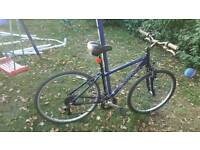 Carrera Crossfire 2 hybrid mountain bike cycle large