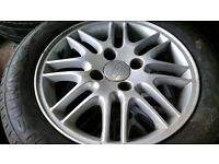 Ford focus set of 4 alloys with 195 60 tyres
