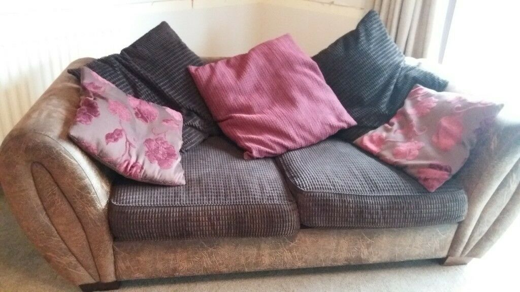 Fenwicks large 2 seater sofa in brown leather