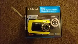 Polaroid iF045 Digital Camera Waterproof