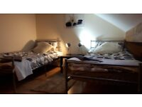 Holiday apartment and also holiday rooms in a house - Bramley - LS13 via airb&b