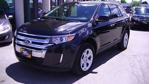 2011 Ford Edge SEL AWD WITH PANORAMIC ROOF & LEATHER
