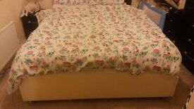 Wrens kitchen king size bed with mattress