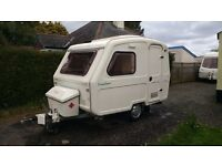 2004 Freedom Discovery LE, ultra lightweight 2 berth caravan