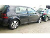 """Vw alloy wheels with good tyres 15"""""""