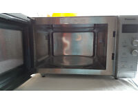 PANASONIC MICROWAVE OVEN (900W/ 27 LITRES) *ONE CAREFUL OWNER/ CLEANED BEFORE SELLING*