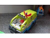Paw patrol rescue truck