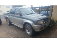 mitsubushi l200 2.5 diesel pick up 4x4 navara 2003