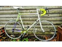 Immaculate 1990s Retro Road Bike - Serviced with Loads of New Bits