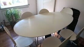 Modern 6 Seater Table and Chairs (REDUCED PRICE £175.00)