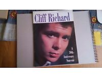 Souvenir brochures Cliff Richard,