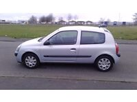 RENAULT CLIO 2004 MODEL 1.2cc 1 FULL YEAR MOT £595
