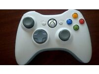 Official Xbox 360 Official Elite Wireless Controller and hands free kit.(white)