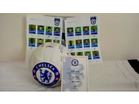 Chelsea Signed football 22 Signed photographs of the 2009 team certificate signed by Ron Gourlay.