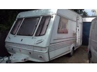 two birth caravan with remote movers, blow heating, hot and cold water, very clean for year