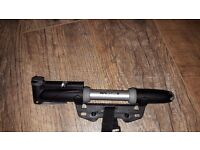 Topeak Mini Dual Gauge Cycling MTB Road Bike Pump, Presta and Schrader, frame bracket included