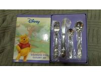 Disney - Winnie the Pooh - Stainless Steel Cutlery Set - Red Ventures