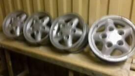 Landrover alloy wheel rims.