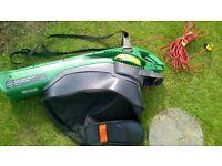 Combined garden vacuum and leafshredder