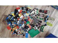 Large bundle of genuine lego