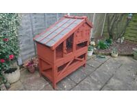 This is an all singing all dancing hutch suitable for Rabbits or Guinea Pigs.