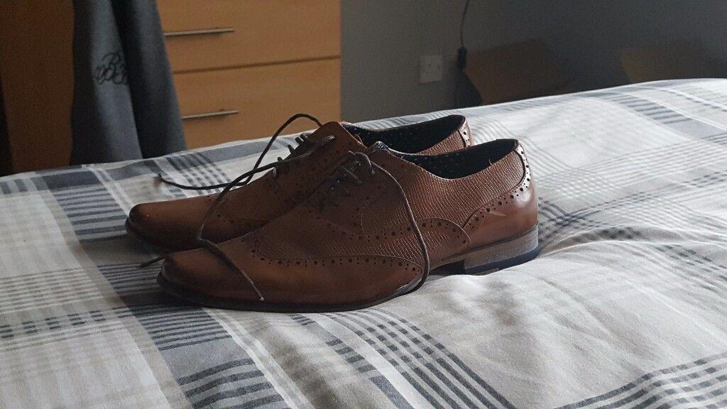dress shoes river island
