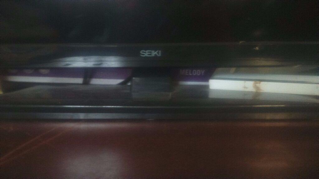 32 inch seiki tv