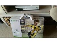 Xbox one s 500 gb with game