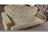 3 seat bed settee