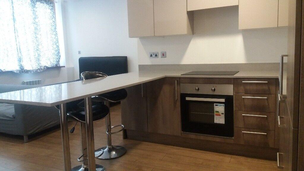 BRAND NEW REFURBISHED studio flat in Croydon 15mins to VICTORIA / LONDON BRIDGE